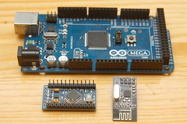 Arduino Mega 2560, Arduino Pro Mini i nRF24L01+