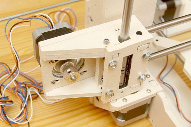 Graber i3 - silnik osi X